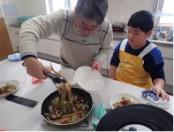 魚を調理して食べる